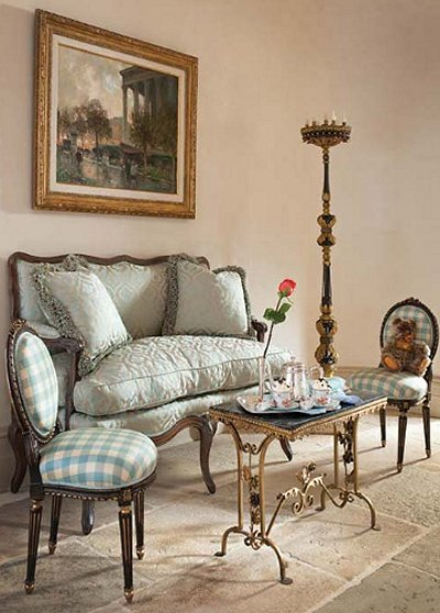 Wonderful Luxury Bedroom Designs   Marie Antoinette Style Theme Decorating Ideas    French Provincial Furniture Baroque Style