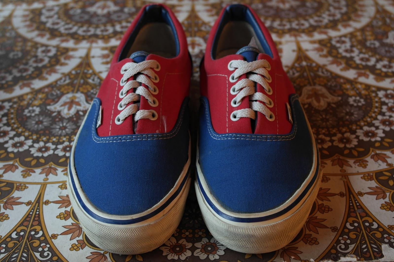 e042fea85c582a Buy 2 tone blue vans