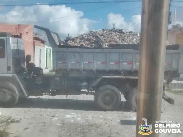 Prefeitura de Delmiro Gouveia intensifica ações da secretaria de infraestrutura por todo o município