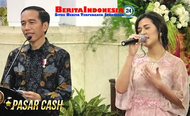Kepikir Tidak Kalau Pak Jokowi Duet Sama Raisa?