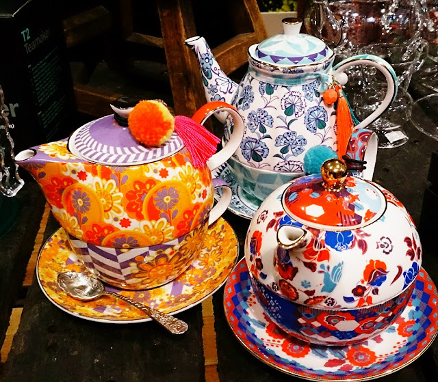 T2, tea, Mother's Day, Petal Power, tea set