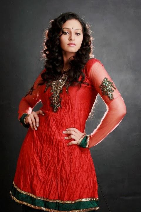 Madhavi Wathsala | Gossip Lanka Hot Models