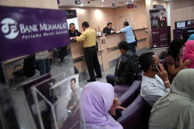 pengalaman saya dan suami buka buku tabungan tabungan haji bank muamalat indonesia syariah nurul sufitri social media mom blogger writer umroh