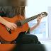 Belajar memetik Senar gitar itu gimana sih?