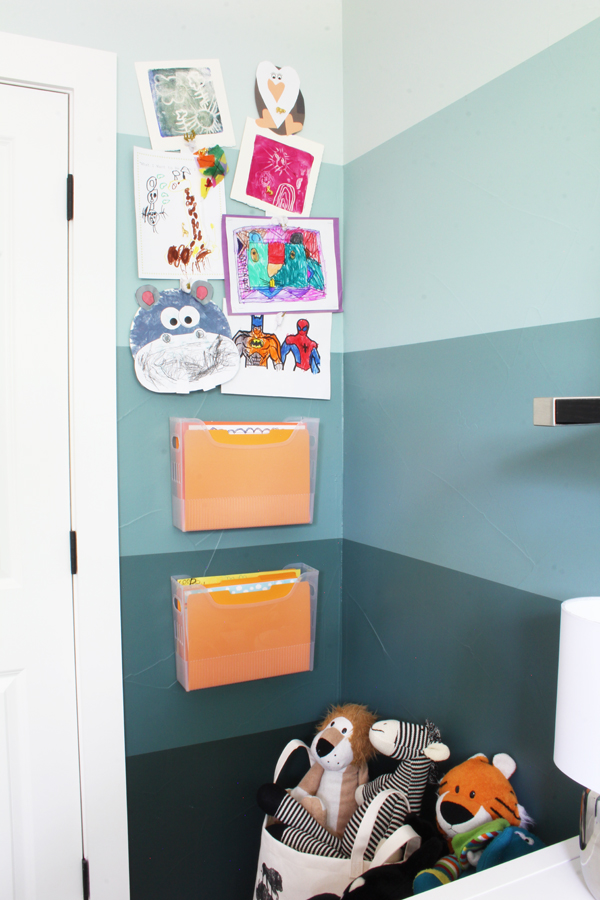 Magnetic art display hanging file storage organization