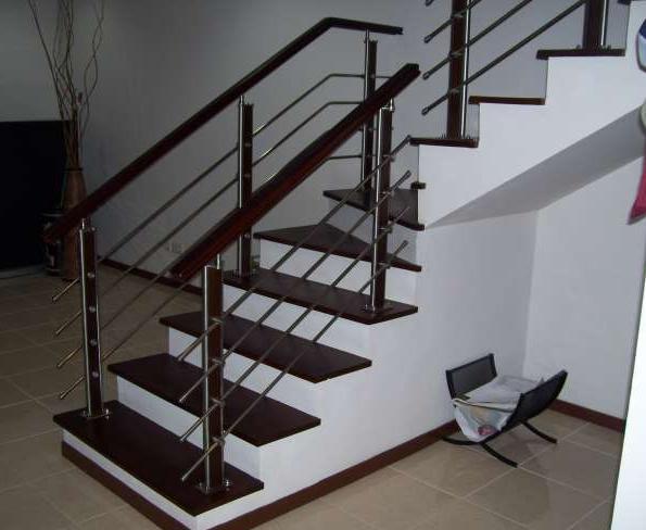 Contoh Railing Tangga Minimalis Modern