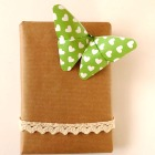 http://www.lascosinasdeaisha.com/2016/04/como-hacer-una-mariposa-de-origami.html