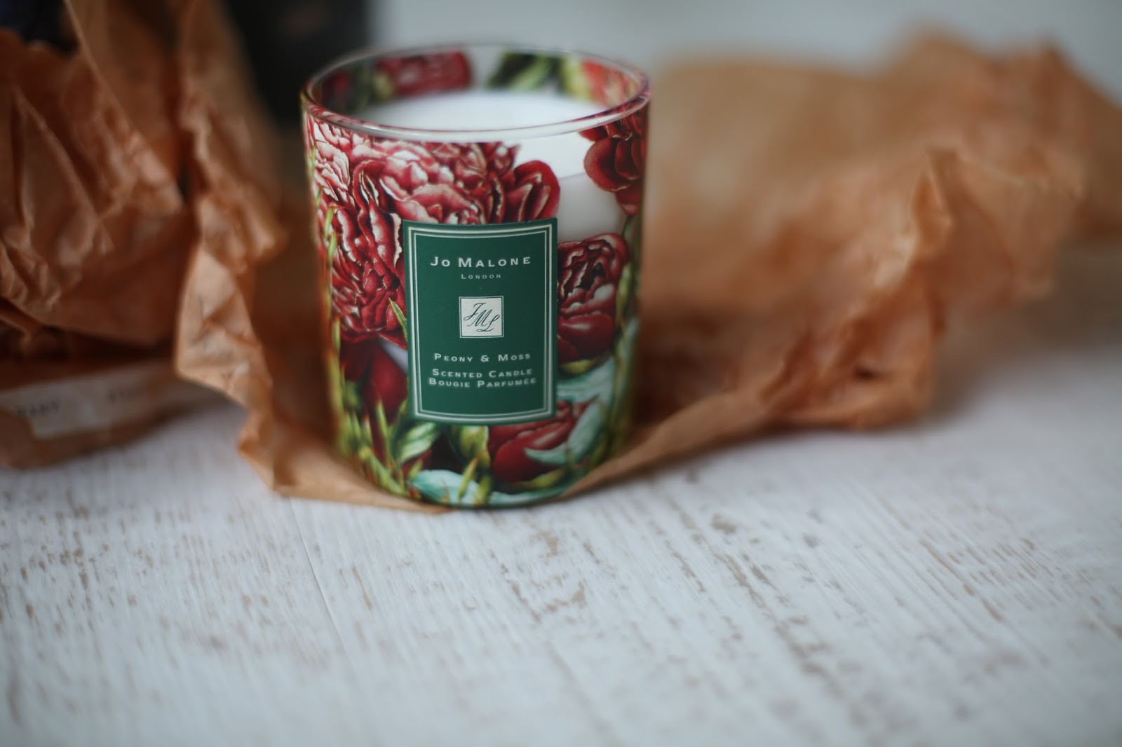 peony and moss scented candle