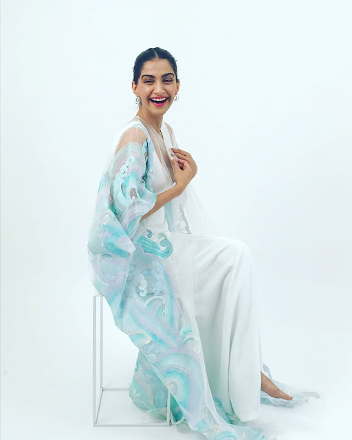 Sonam Kapoor Hot at Cannes 2017