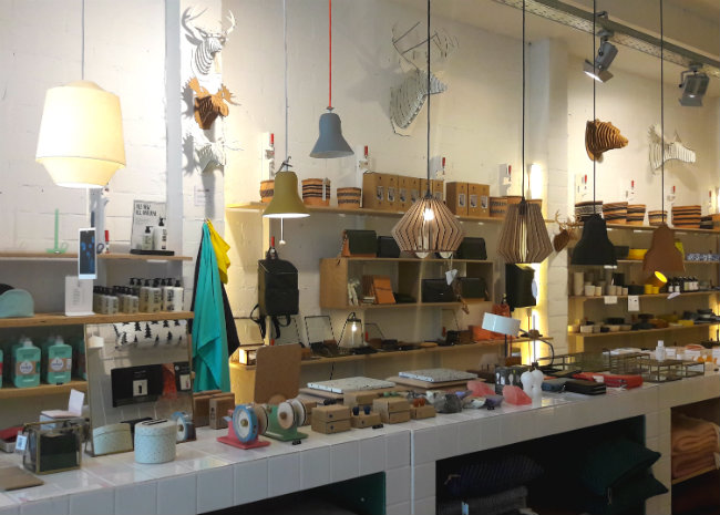 Hotspot in Antwerpen: Rewinddesign Kloosterstraat | Happy in Red