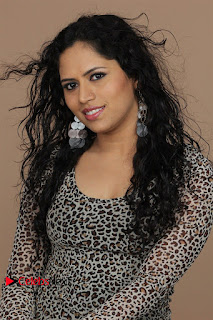 Actress Maya Chandran Picture Shoot Gallery 0007.jpg