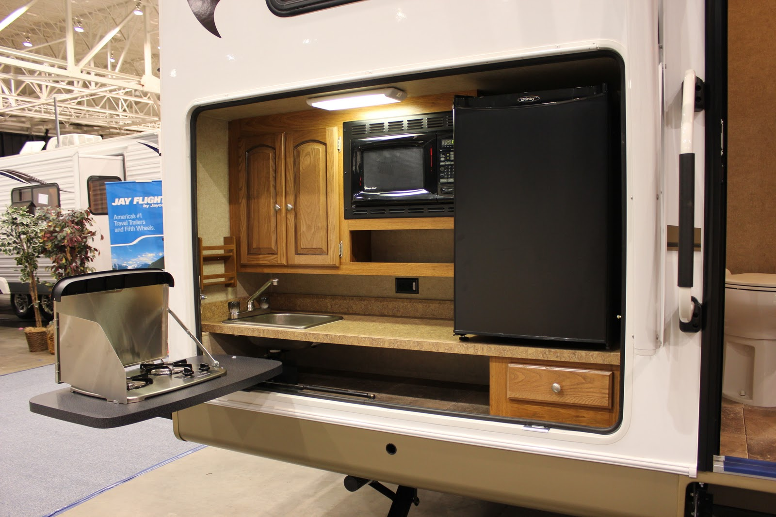 2012 Ohio RV Supershow: Outdoor Kitchens - Gr8LakesCamper