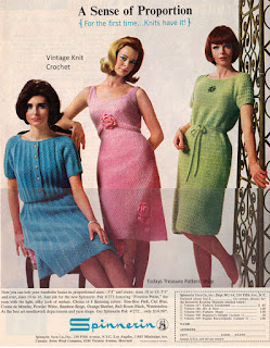 Vintage Spinnerin Magazine Ready Pak Advertisement, 1963