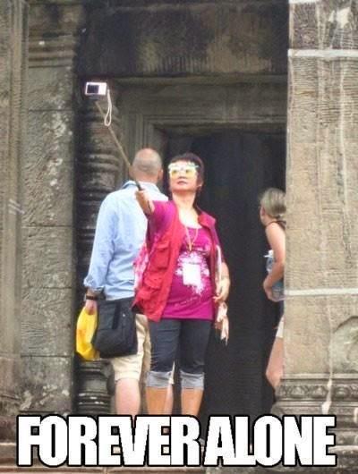 Funny Forever Alone Tourist Selfie Joke Picture Meme