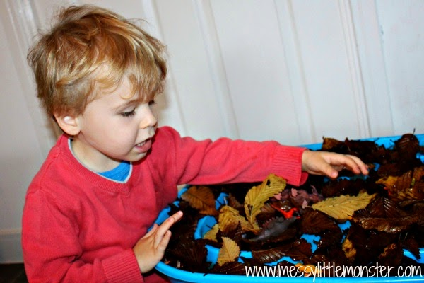 camouflaged dinosaurs activities for kids, toddlers and preschoolers