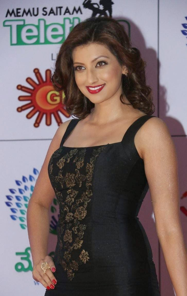 Hamsa Nandini Photo Gallery, Hamsa NandiniHot Hd Pics in Black Dress