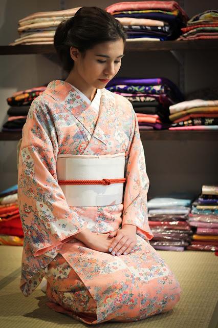 blog, holly,kimono, vintage, rose,kimono-vintage,montreal, blogue,anthracite-aime