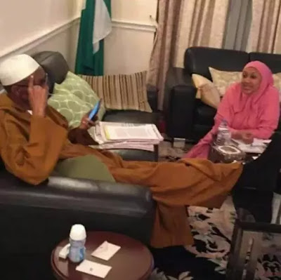 Photo of Buhari and his daughter in London emerges with the same dressing clothes