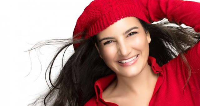 HomeΑυτοβελτίωσηΚαλύτερη Ζωή Γυναίκα, αυτοπεποίθηση Η ομορφιά της αυτοπεποίθησης