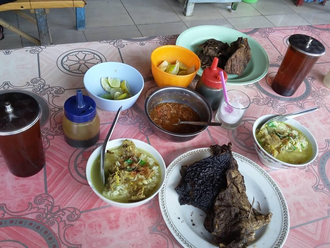 Soto Girin Yang Legendaris Di Sragen Kuliner Solo Kulo