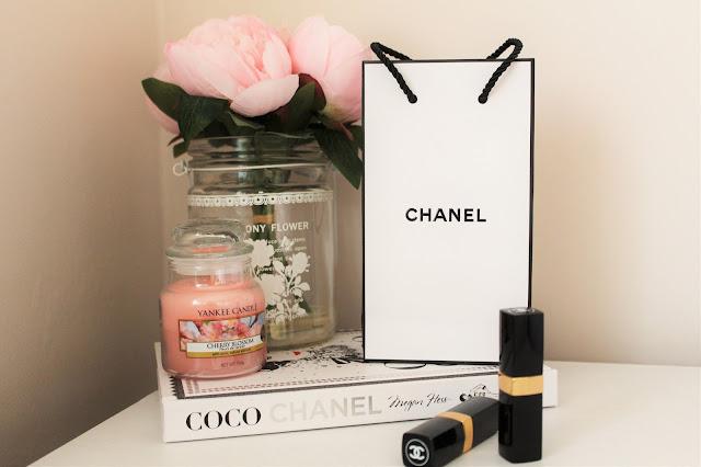 chanel lipstick coco chanel book
