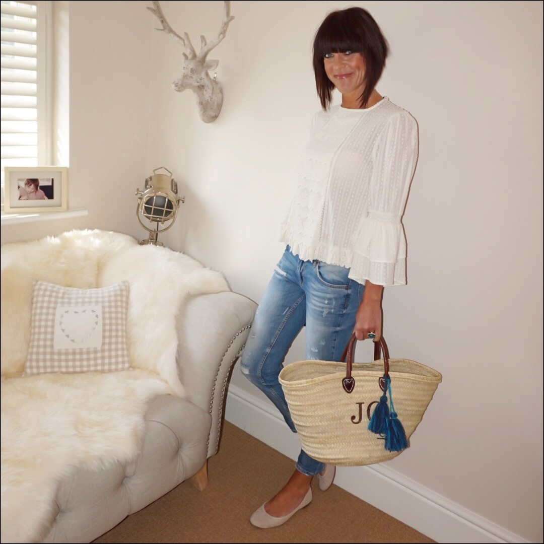 my midlife fashion, zara lace top, zara distressed cigarette jeans, the white company suede pump flats, initially london medium covent garden basket shopper