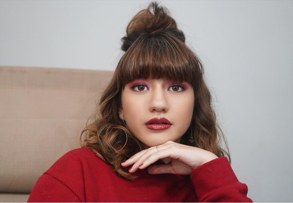 make up tebal CAssandra lee cantik dna manis