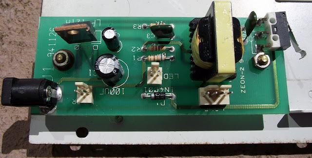 Apagador de EPROM Minipa ME-121 placa