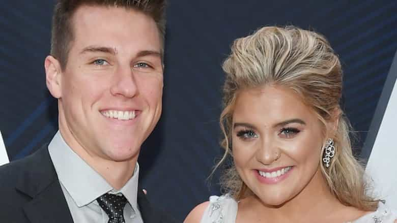 American Idol's Lauren Alaina breaks up with fiance Alex Hopkins