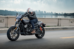 "2017 Harley-Davidson""s Street Rod Video review"
