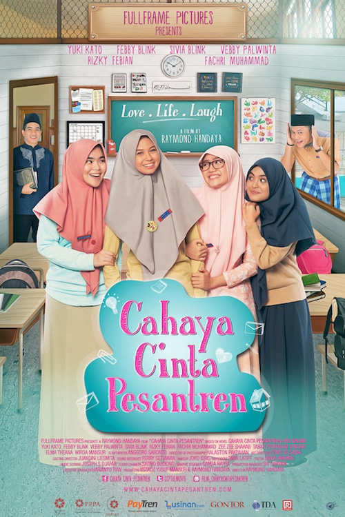 Download Film Cahaya Cinta Pesantren 2017 Bluray Full Movie