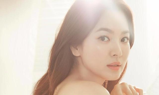 Nữ hoàng Song Hye Kyo với bí quyết trị mụn cần học hỏi