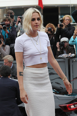Kristen Stewart wears Chanel at the 'Cafe Society' photocall in Cannes