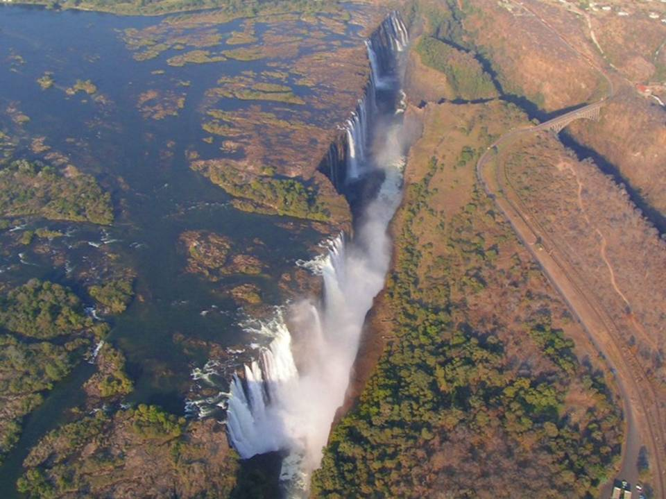 Cataratas Victoria Entre Zâmbia e Zimbábue