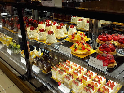 Strawberry cakes in Seibu department store Japan
