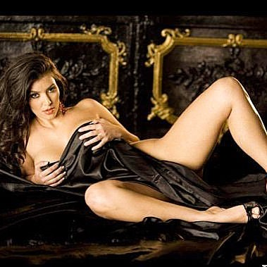 Kim khardashian Sexy Bikini Photos