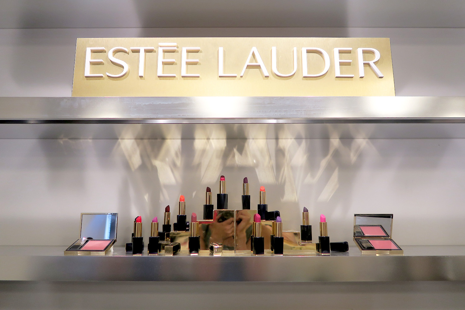 A look at Estee Lauder's Fall 2016 skincare and makeup collection!