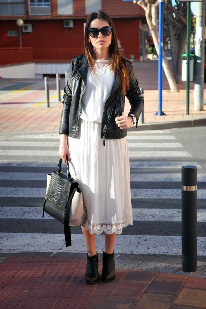 Zara Whitedress StreetStyle