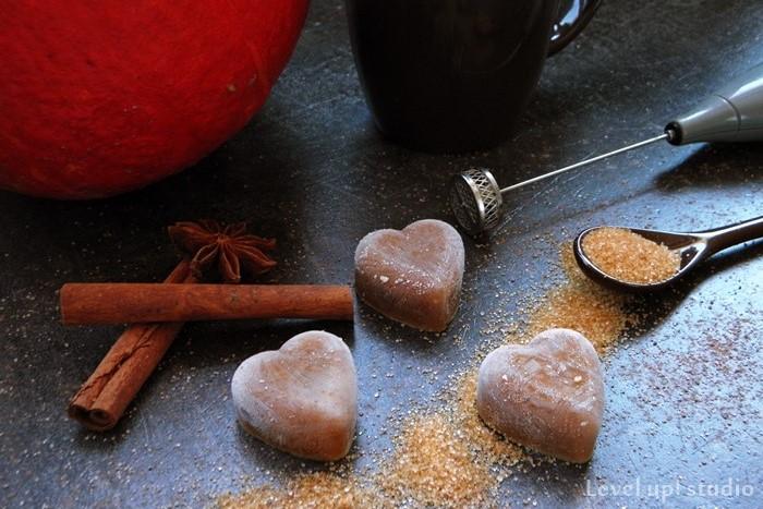 pumpkin spice latte i sposoby na rozgrzanie w jesienne wieczory