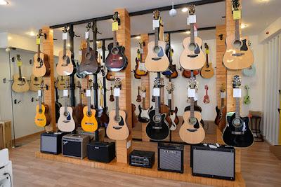 Cửa hàng bán đàn guitar nhập khẩu chính hãng tại TPHCM