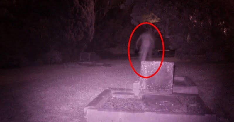Paranormale: fantasma fotografato in un cimitero di Sydney