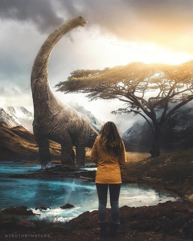 13-Dinosaur-truthbynature-Surrealism-in-Animal-Photo-Manipulation-www-designstack-co