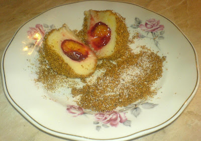 gomboti cu prune, galuste cu prune de post, retete de post, deserturi, dulciuri, retete culinare, desert de post,