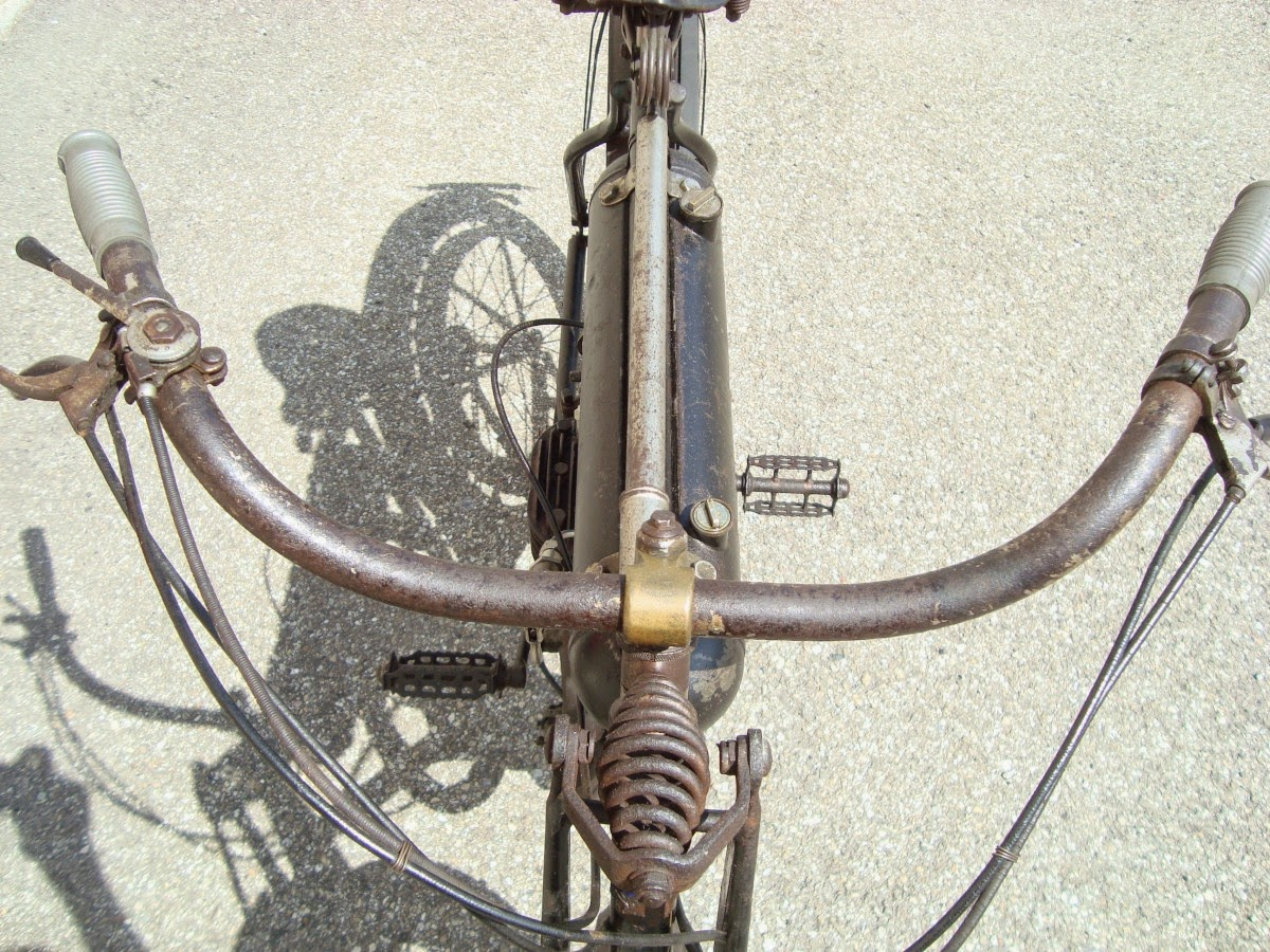 Moto-cibi Claude Delage