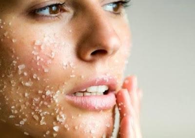 12 Manfaat Air Garam untuk Kecantikan