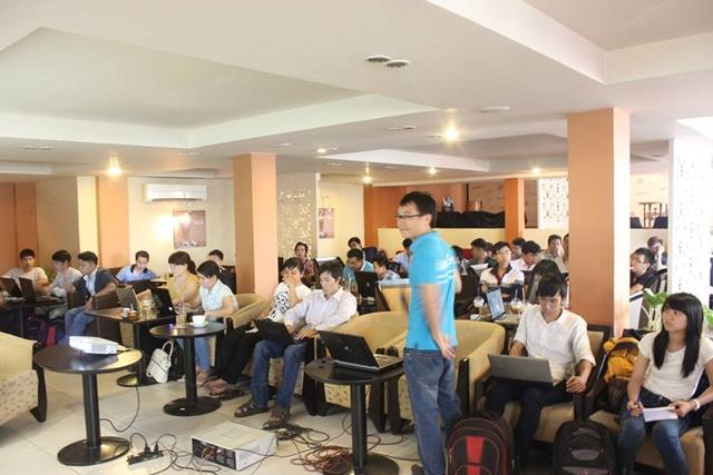 Đào tạo SEO tại Bình Dương uy tín nhất, chuẩn Google, lên TOP bền vững không bị Google phạt, dạy bởi Linh Nguyễn CEO Faceseo. LH khóa đào tạo SEO mới 0932523569.
