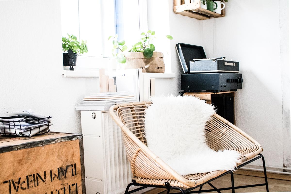 doitbutdoitnow m belst cke und ihre geschichte heute zu gast das rattansofa. Black Bedroom Furniture Sets. Home Design Ideas