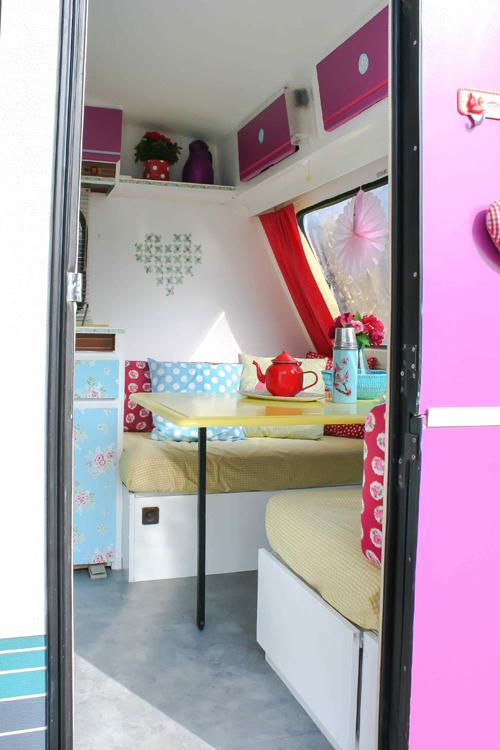 Pink+Blue+Caravan+Makeover