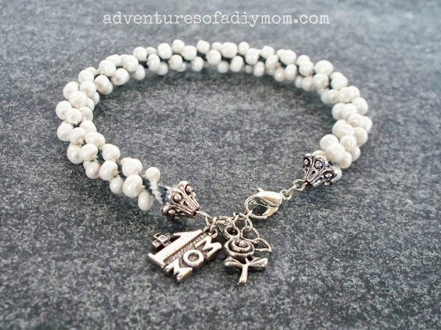 Kumihimio Bracelet with charms