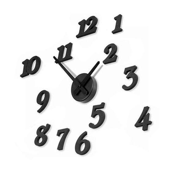 Черные часы с произвольными цифрами